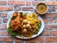 1 Pollo Asado al Carbón con Papas a la Francesa y 1 Sopa de Arroz