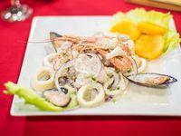 Ceviche mixto (de lenguado y mariscos)