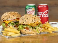 Combo 1 - 2 Burger chicken o cheese + 2 raciones de papas + 2 sodas