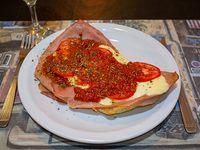 Milanesa ternera o pollo a la napolitana