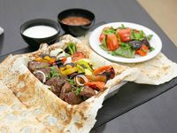 Shish jorovac de lomo con verduras 500 g + Ensalada (para 2 personas)