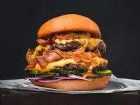 Burger Beef Doble con Queso y Bacon