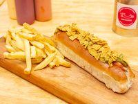 Perro especial y papas fritas