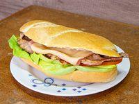 Sándwich de bondiola completo