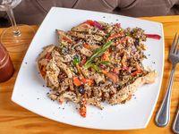 Wok de pollo con vegetales