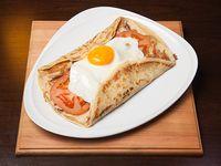 512 - Panqueque de pollo o lomo, queso, cebolla, tomate, huevo y panceta