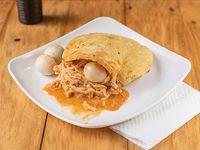 Arepa con Pollo y Queso
