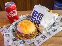 Combo - Cheese burger cuádruple + acompañamiento + bebida