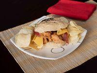 Sloppy Chicken + Paquete Papas Fritas