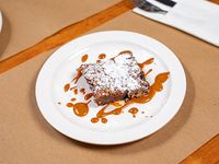 Brownie con merengue y dulce de leche
