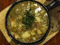 Sopa de Pollo a la Leña