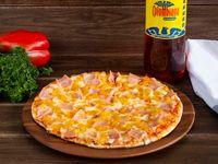 Pizza Mediana PPC+ Gaseosa o Mr Tea 1.5 .LT