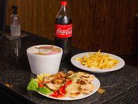 Pollo P. con Papas Fritas o Ensalada mixta + 1kg de Helado + Gaseosa 1/2 L