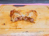 Empanada de carne braseada