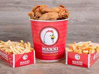 Combo 5 - Pollo frito (8 porciones) + 2 cajas de papas fritas