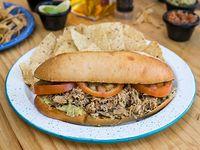 Sándwich Mexicano Carnitas