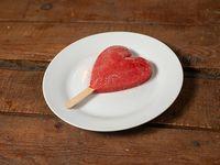 Paleta de corazón y fresa