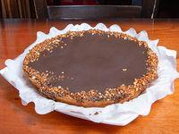 Torta de ricota con dulce y chocolate