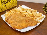 Suprema de pollo con papas fritas crujientes