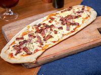 Pizza muzzarella con panceta