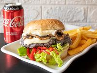 Combo - Vegan burger + Papas fritas + Bebida en lata 330 ml+helado artesanal 12onz
