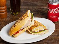 Promo - Sándwich versalles de pollo + bebida 350 ml