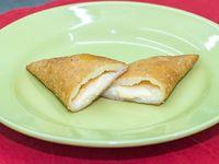 Empanada venezolana de queso blanco