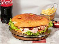 Promo- Megaburguer familiar para 4 personas + Coca Cola 2.25 L