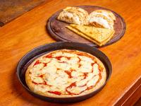 Pizza grande de muzzarella + 3 empanadas de carne + 3 empanadas de jamón y queso + 2 fainá