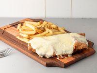 Milanesa 4 quesos con guarnición