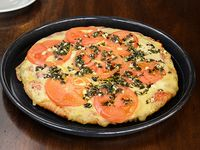 Nº7  - Pizzeta muzzarella, tomate fresco, ajo y albahaca