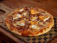 Pizza panceta y huevo