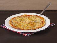 Pizza Especial Cuatro Quesos Familiar