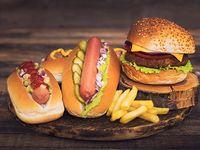 Super Promo Hamburguesa + 2 Perros y Papas