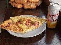 Promo - 2 porciones de pizza con muzzarella  + fainá + lata de Cerveza o Pepsi
