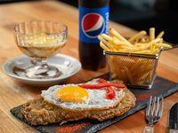Promo - Milanesa de carne con huevo y papas fritas + postre + refresco 500 ml