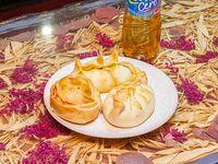 Promoción - 3 Empanadas + Agua saborizada línea Levité 500 ml