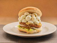 Hamburguesa De Pollo Sencilla Con Huevo