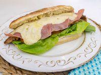 Sándwich súper milanesa completa