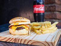 Promo - Hamburguesa americana + papas fritas + gaseosa 500 ml
