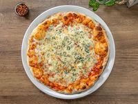 Pizza 4 quesos (tamaño mediano)