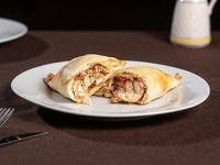 Empanada de pollo griega