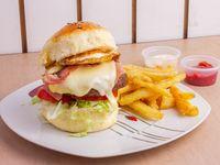 Hamburguesa sin culpa con papas fritas + Salsa a elección