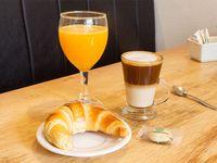 Café + medialuna + jugo