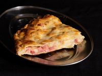 Tarta de jamón y muzzarella