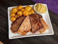 Parrilada 3 Carnes + Papas al Vapor y Guacamole 6 Oz
