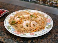 Fideos de arooz al wok con camarones