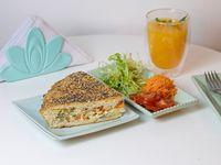 Tarta+ ensalada+ exprimido de naranja