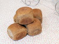 Pan negro medio kilo