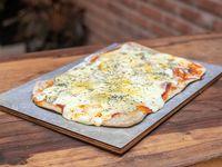 Pizza queso por cuatro